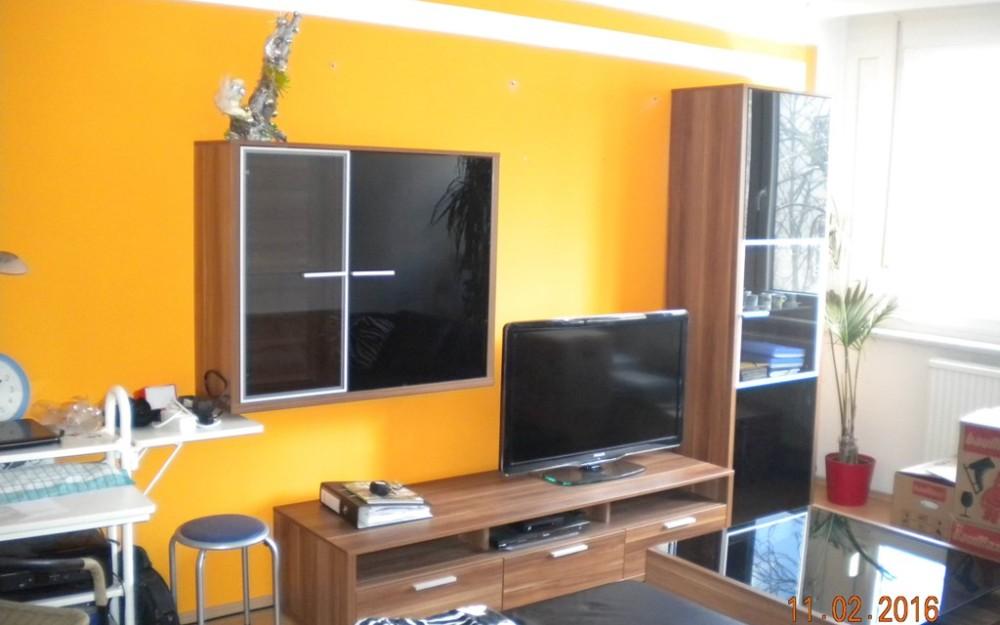Schöne Mietwohnung mit 2 getrennt begehbaren Zimmern